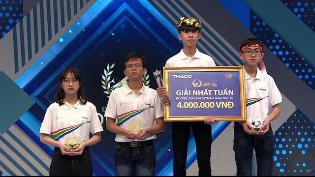 Nam sinh Quảng Trị chiến thắng kịch tính trong cuộc thi Tuần Olympia - 2