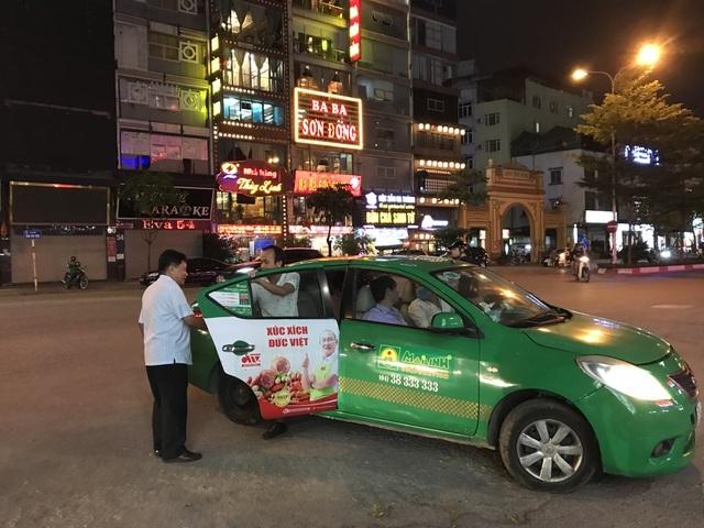Tài xế taxi kiếm 2 triệu đồng/đêm nhờ Nghị định 100 - 2