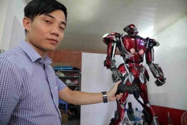 Robot made in Việt Nam ra đời... từ rác - 1