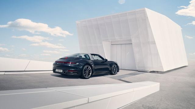 Porsche chính thức giới thiệu 911 Targa - 10