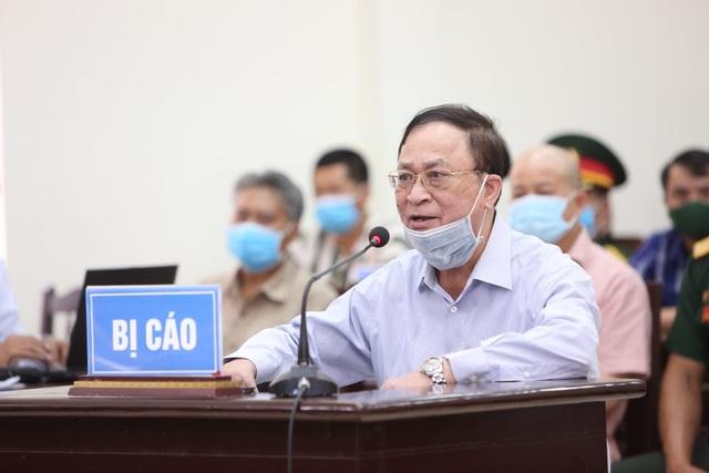 Cựu Thứ trưởng Bộ Quốc phòng Nguyễn Văn Hiến hầu tòa - 3