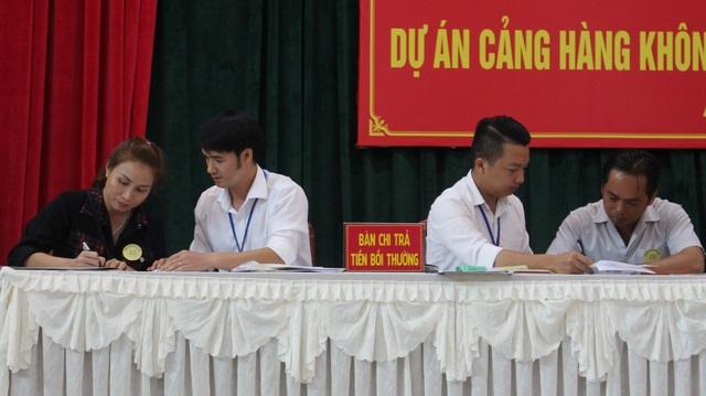17 hộ dân đầu tiên nhận gần 70 tỷ tiền bồi thường đất sân bay Long Thành - 1
