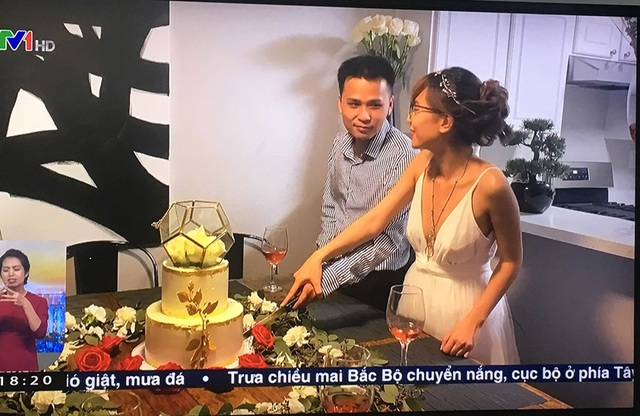 Cặp đôi Việt cưới ở Mỹ, hai họ chứng kiến qua tivi - 2