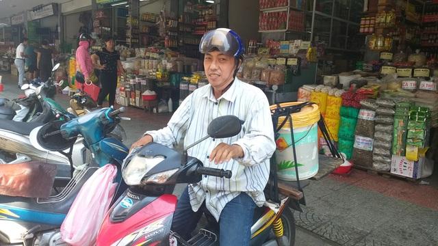 Đà Nẵng: Covid-19 khiến nhiều xe ôm ở chợ du lịch giảm thu nhập - 3