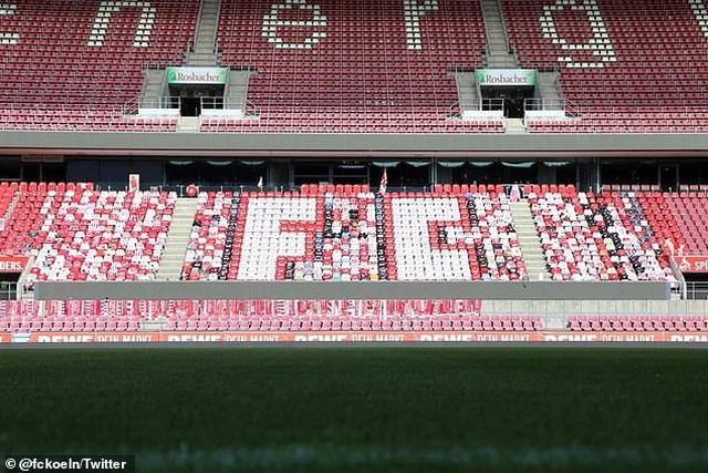 Nc247info tổng hợp: CLB ở Bundesliga sáng tạo cách cổ vũ