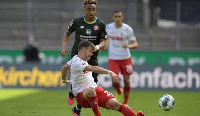 CLB ở Bundesliga sáng tạo cách cổ vũ khi khán giả bị cấm vào sân - 4