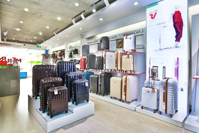 KOS - Hành trình chinh phục người dùng Việt bằng vali chính hãng - 1