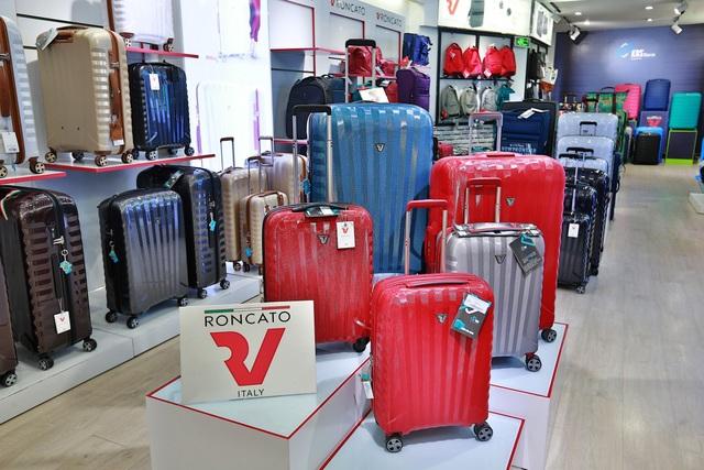 KOS - Hành trình chinh phục người dùng Việt bằng vali chính hãng - 2