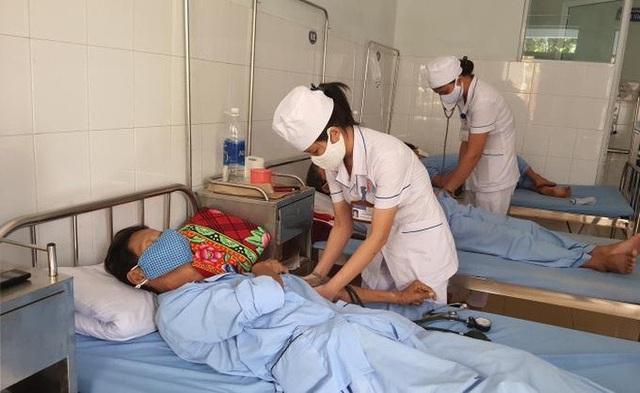 Quảng Bình: Trên 1.000 trường hợp mắc sốt xuất huyết - 1