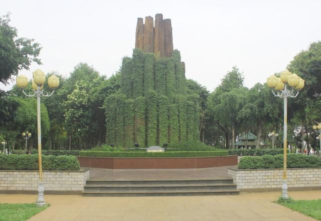 Hành trình đón tượng Bác Hồ về với đồng bào Gia Lai - 4