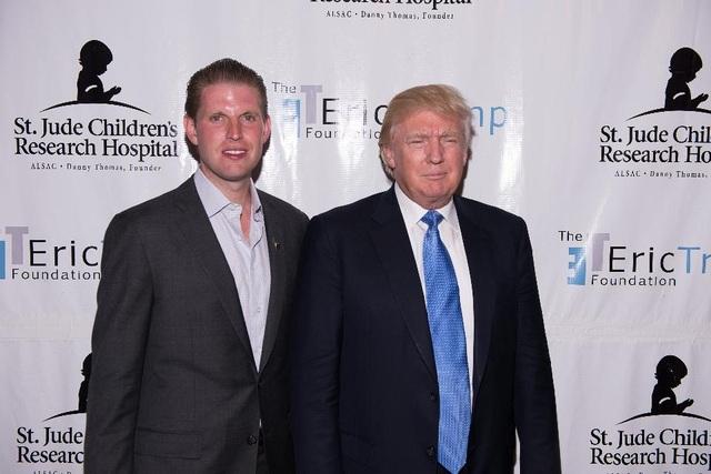 """Con trai ông Trump gây tranh cãi vì nói Covid-19 sẽ """"biến mất thần kỳ"""" - 1"""