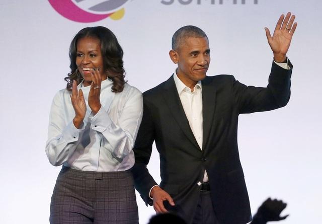 Hé lộ cách gia đình cựu tổng thống Obama tạo khối tài sản 135 triệu USD - 1