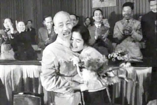 """NSND Trà Giang: """"Tôi không bao giờ quên được những kỷ niệm xúc động về Bác"""" - 1"""