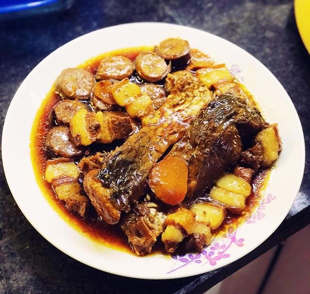 Cá trắm kho chuối xanh chuẩn vị truyền thống - 5