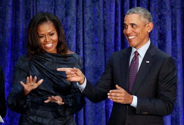 Hé lộ cách gia đình cựu tổng thống Obama tạo khối tài sản 135 triệu USD - 2