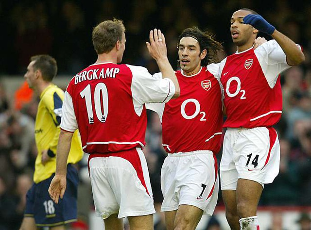 """Năm """"tam sát"""" xuất sắc nhất lịch sử Premier League - 4"""