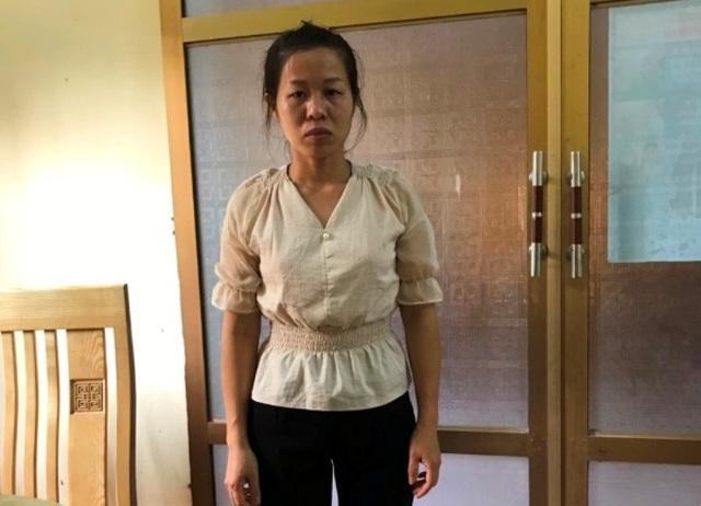 Người phụ nữ dẫn dụ học sinh vào nhà vệ sinh để chiếm đoạt tài sản - 1