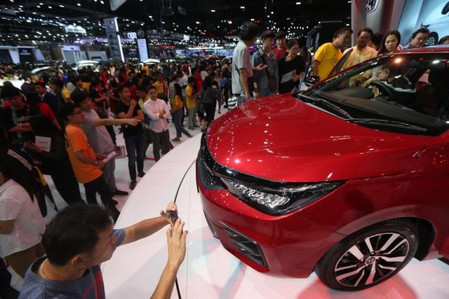 Thái Lan: Lên chương trình đổi xe cũ lấy xe mới để kích cầu - 1