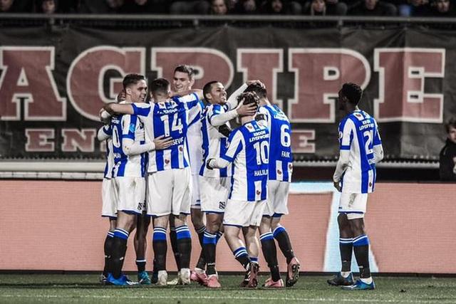 Heerenveen lên kế hoạch bổ sung nhân sự ở hàng thủ - 1
