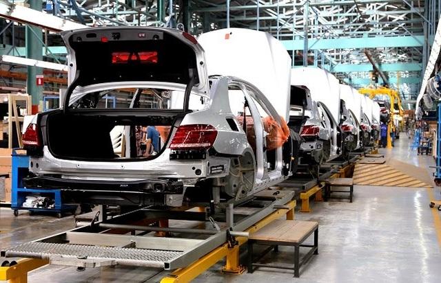 Giảm 50% phí trước bạ, thế trận của các hãng xe sẽ có nhiều biến động - 2