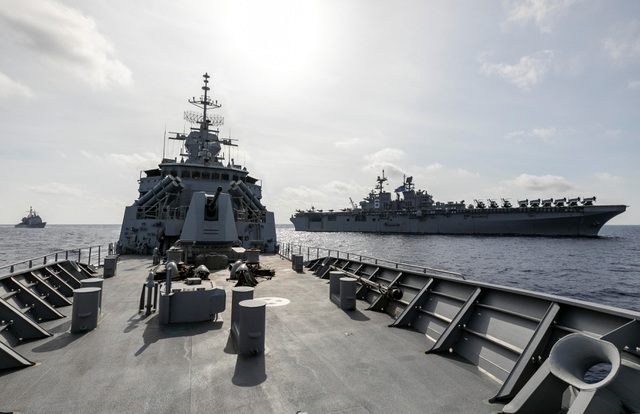 Australia chỉ trích hành vi nguy hiểm của tàu Trung Quốc ở Biển Đông - 1