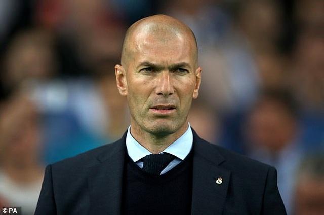 Newcastle gây sốc khi tính mời Zidane làm HLV trưởng - 1