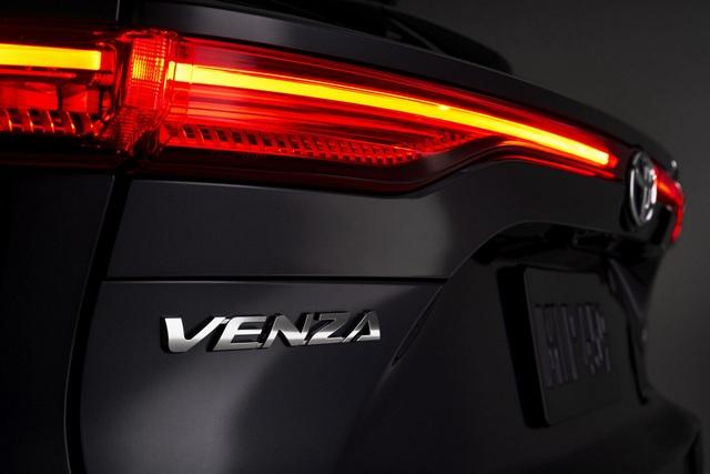 Toyota Venza trở lại - Ánh hào quang liệu có còn? - 10