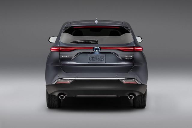 Toyota Venza trở lại - Ánh hào quang liệu có còn? - 13