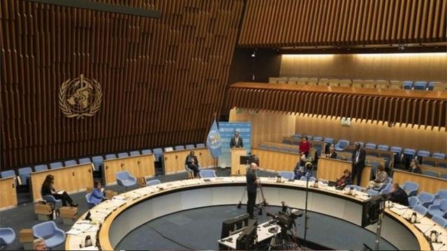 Đại diện Mỹ - Trung đấu khẩu gay gắt tại cuộc họp của WHO - 1