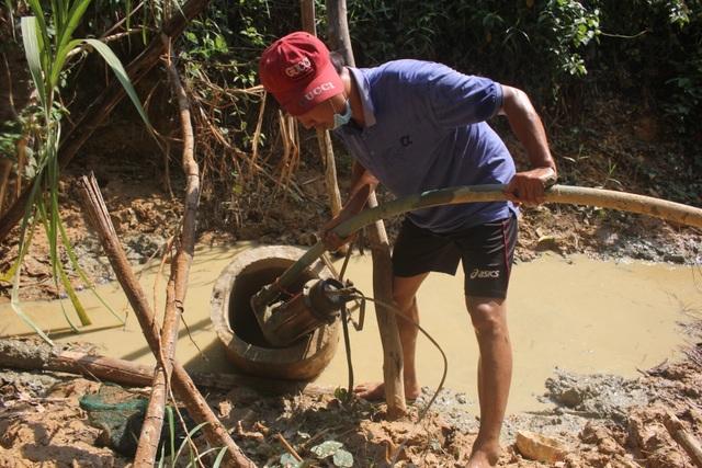 Thầy trò vùng biên gian nan tìm nước sạch - 3
