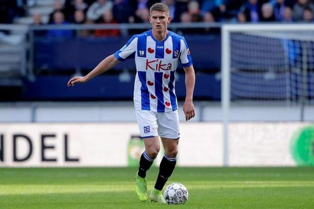 """HLV Heerenveen buồn vì chia tay """"trung vệ hoàn hảo"""" - 1"""