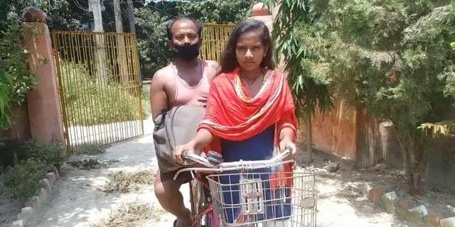 Không đủ tiền trả xe khách, thiếu nữ đạp xe hơn 1.200 km đưa bố về quê - 1