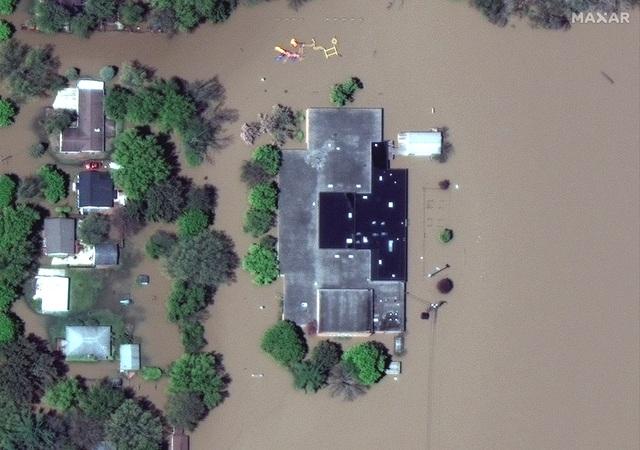 Vỡ 2 đập, bang của Mỹ gặp thảm họa 500 năm có một - 6