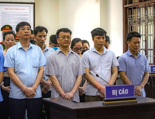Vụ gian lận điểm thi Hòa Bình: Người chủ mưu lĩnh 8 năm tù - 1