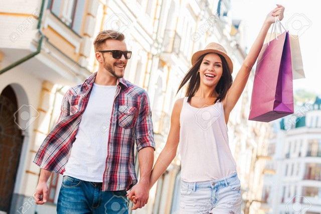 Bí mật thú vị về phụ nữ: Thường xuyên nói dối chồng số tiền đi shopping - 1