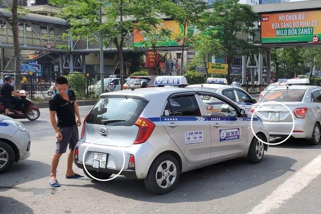 """Hà Nội xử lý hàng loạt taxi che biển số, làm khó """"mắt thần"""" trên phố - 5"""
