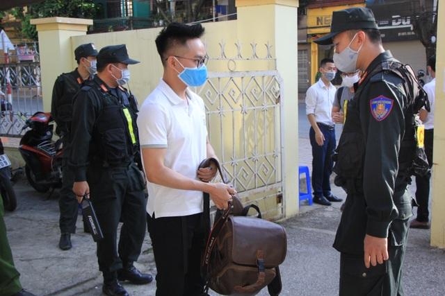 Xét xử vụ gian lận thi cử ở Sơn La: Cựu Giám đốc sở GD-ĐT xin vắng mặt - 6