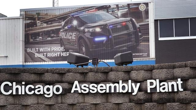 Mỹ: Ford lại đóng cửa hai nhà máy vì có công nhân nhiễm Covid-19 - 1