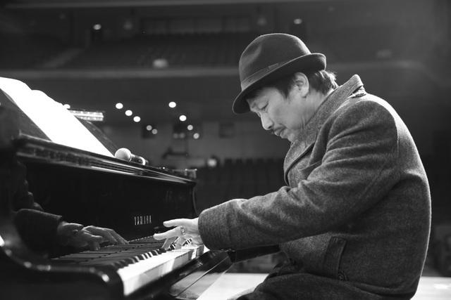 Nhạc sĩ Phú Quang bệnh nặng, phải nằm viện điều trị tích cực - 1