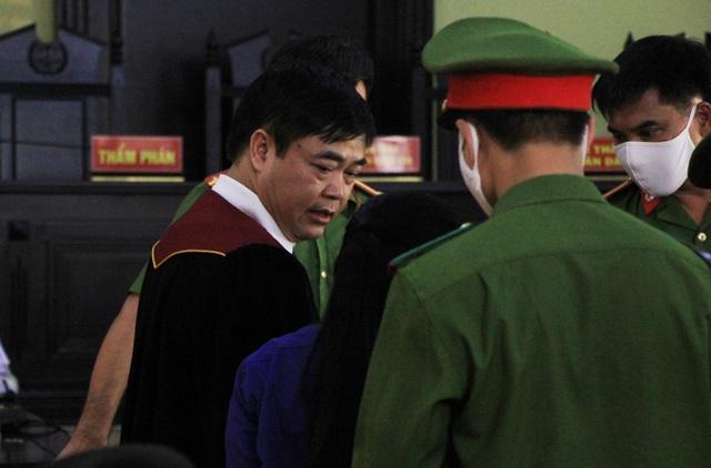 Xét xử vụ gian lận thi cử ở Sơn La: Cựu Giám đốc sở GD-ĐT xin vắng mặt - 14