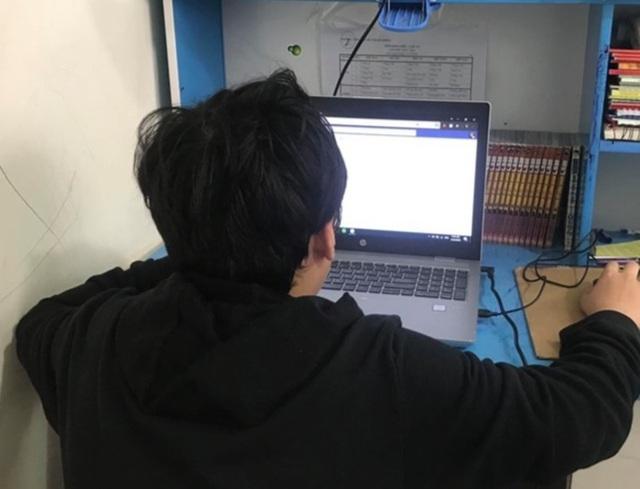 Học sinh tiểu học ráo riết luyện thi vào lớp 6 trường chuyên Trần Đại Nghĩa - 1