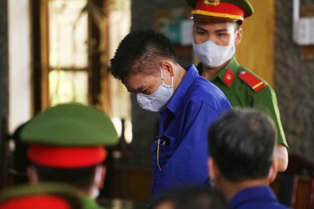Xét xử vụ gian lận thi cử ở Sơn La: Cựu Giám đốc sở GD-ĐT xin vắng mặt - 8