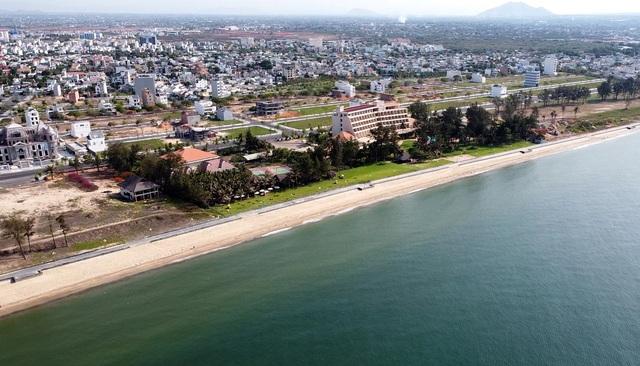 Cận cảnh sân golf Phan Thiết chuyển đổi sang khu đô thị đang bị kiểm tra - 18