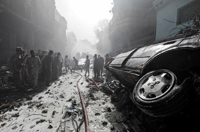 Hiện trường thảm khốc vụ rơi máy bay nghi làm 107 người thiệt mạng - 10