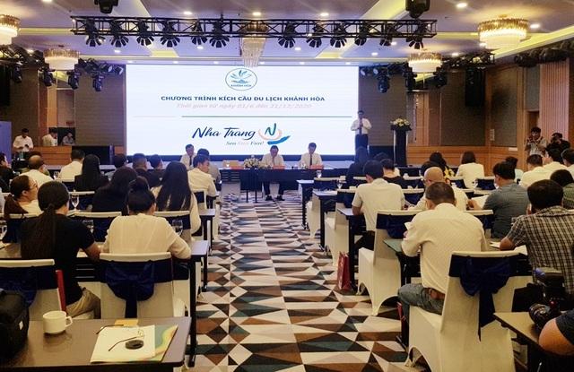 Khánh Hòa đặt mục tiêu đón 3,2 triệu du khách, kích cầu giảm 20-50% - 1