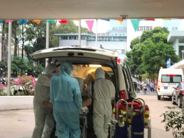 Đã chuyển phi công người Anh nhiễm Covid-19 sang Bệnh viện Chợ Rẫy - 2