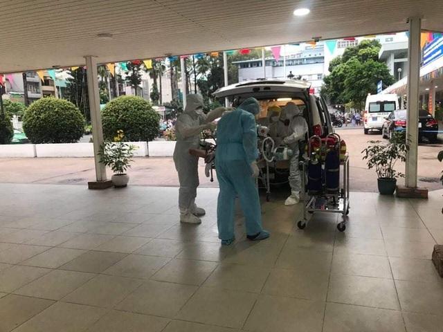 Đã chuyển phi công người Anh nhiễm Covid-19 sang Bệnh viện Chợ Rẫy - 3