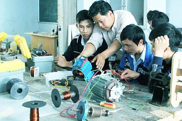 Hà Nội kiểm tra toàn diện công tác đào tạo nghề nông thôn - 1