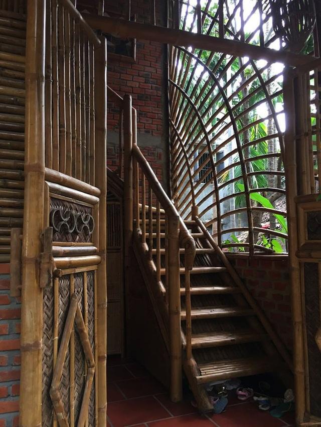 Ngôi nhà độc đáo làm bằng tre và dừa ở Hội An - 3