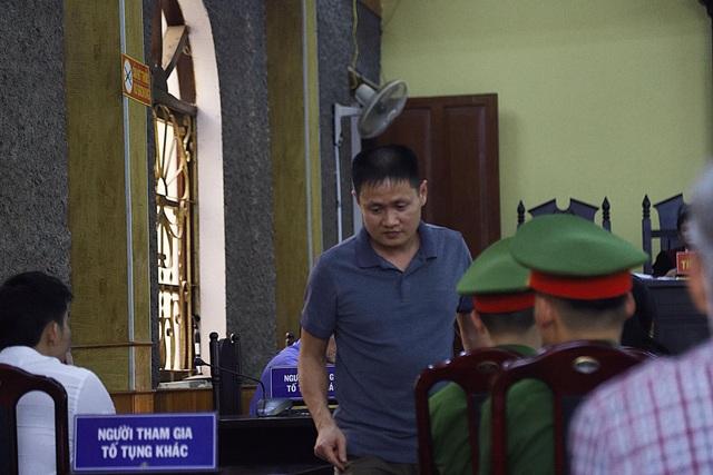Gian lận thi cử Sơn La: Bị cáo mong được trả lại 1 tỉ đồng! - 3